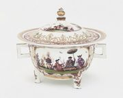A MEISSEN CHINOISERIE TWO-HANDLED OLLIO-POT A