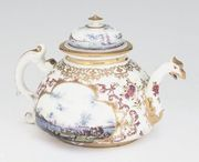 A MEISSEN (KPM) CHINOISERIE TEAPOT AND COVER