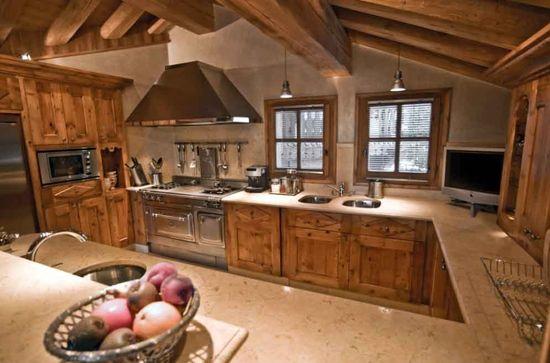 Moderne et Traditionnelle Cuisine de Chalet